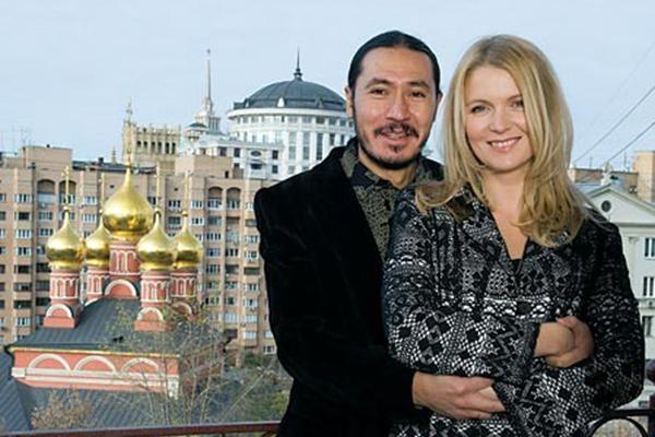 Анастасия Немоляева с мужем Вениамином Скальниковым