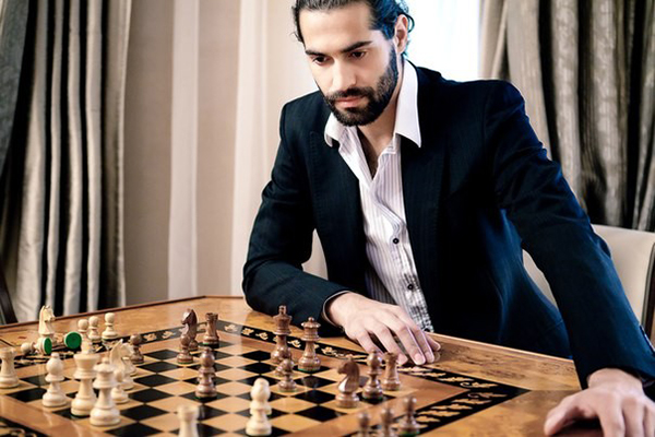Алексей Нестеренко увлекается шахматами