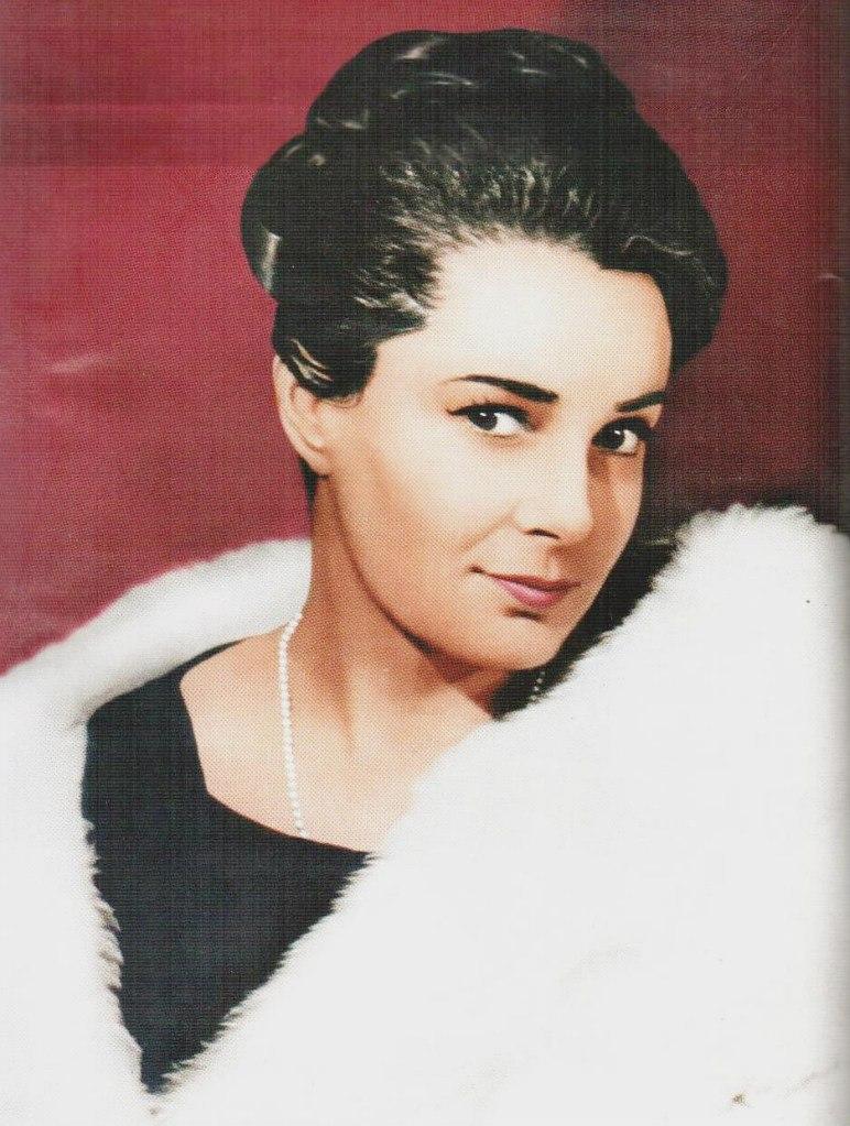 Элина Быстрицкая в молодости
