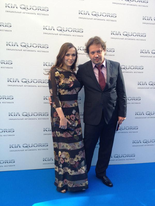 Елена Панова с мужем на премьере фильма