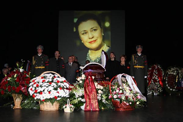 Похороны Валентины Толкуновой