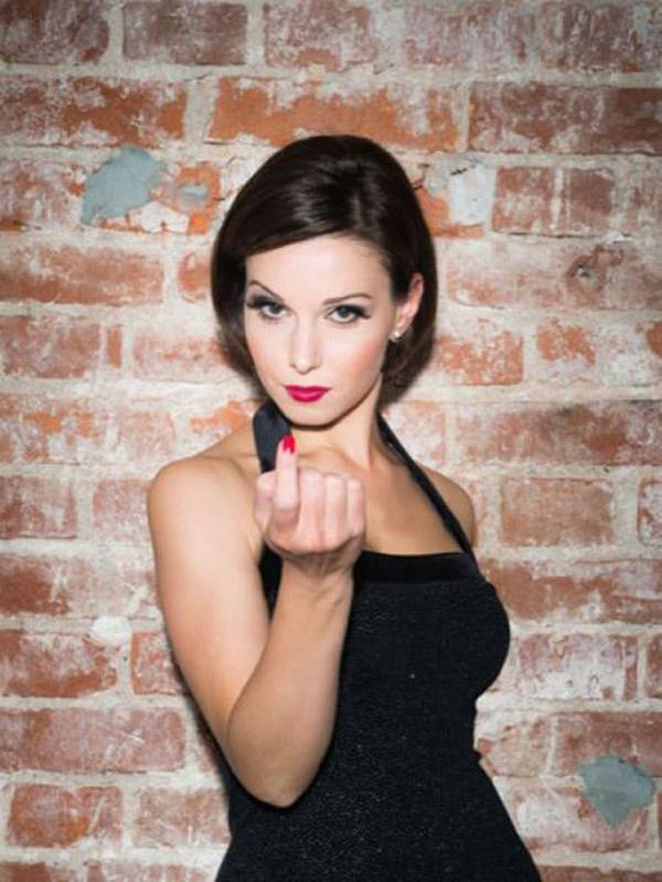 Александра Урсуляк еще с детства мечтала стала стать актрисой