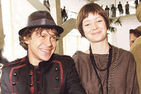 Павел Деревянко с женой Дарьей Мясищевой