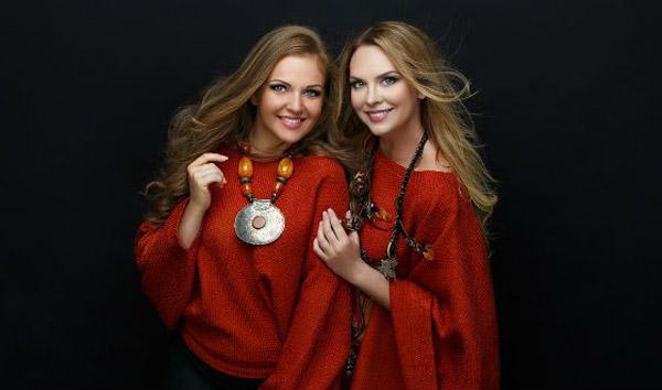 Марина Девятова с сестрой Варварой