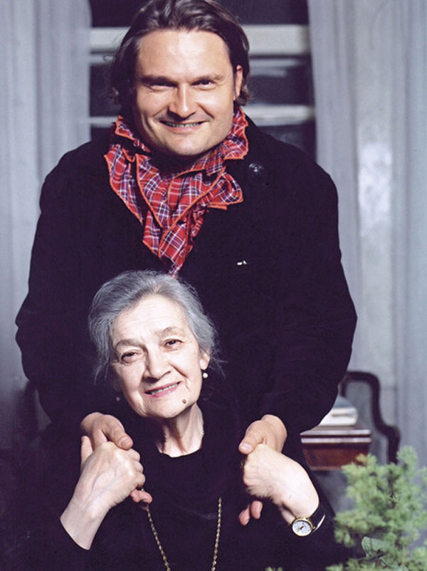 Александр Васильев со своей мамой