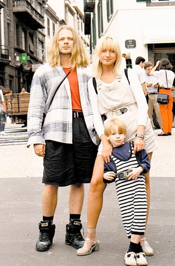 Никита Пресняков в детстве со своими звездными родителями