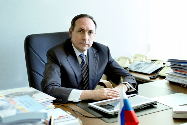 Вячеслав Никонов на рабочем месте