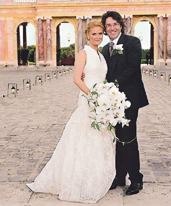 Наталья и Андрей во время свадебной церемонии