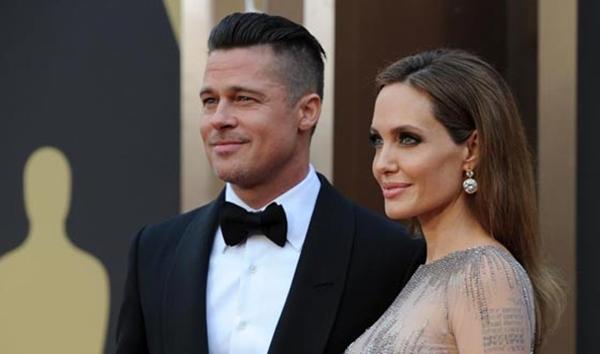Анджелина Джоли передумала разводиться с Брэдом Питтом
