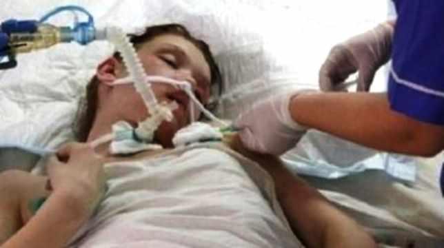 Скрытое фото из больницы. Маша Кончаловская все еще подключена к системе жизнеобеспечения