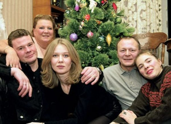 Б. Галкин со своей первой семьей