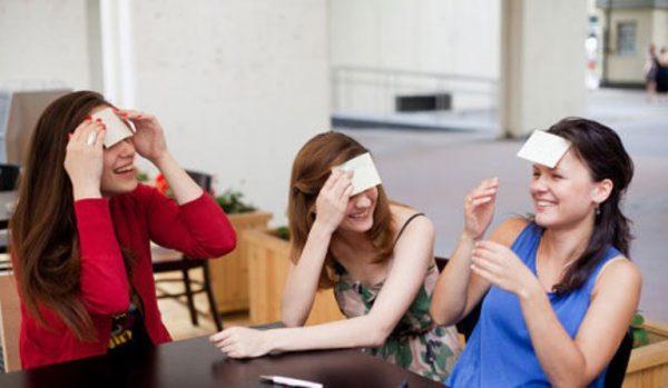 Конкурсы на день рождения взрослых за столом: смешные и интересные