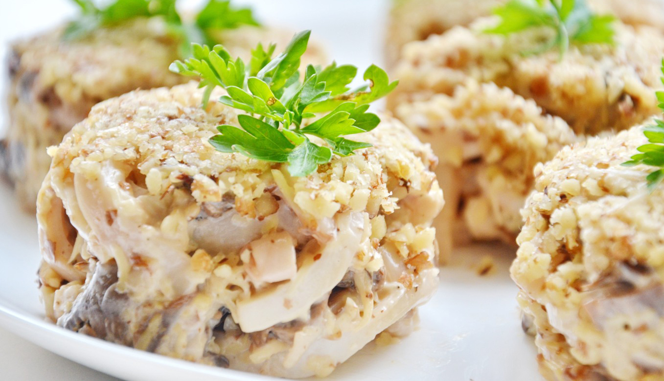 рецепты изысканных праздничных салатов с фото