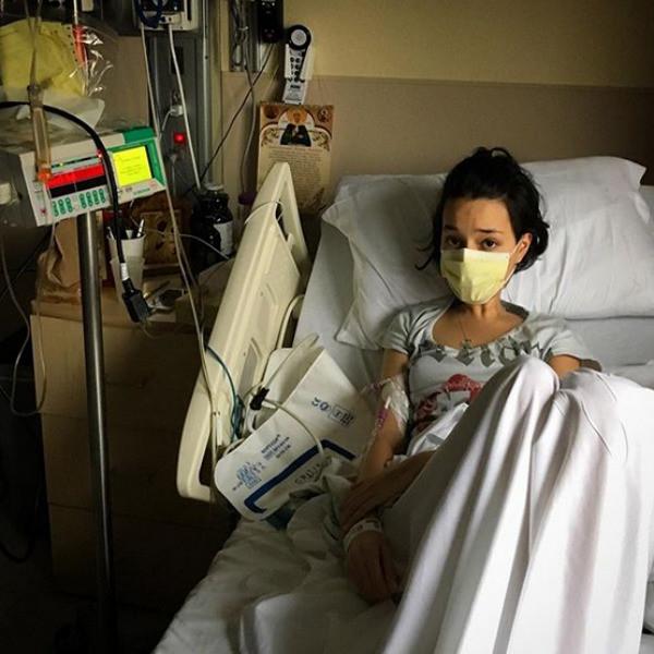 Стелла в клинике на процедуре химиотерапии