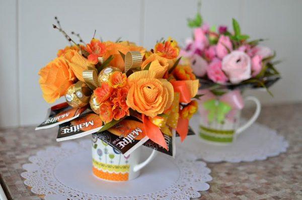 Красивый букет цветов для директора школы