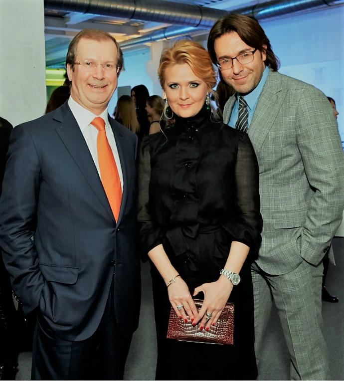 Наталья Шкулева с отцом и мужем Андреем Малаховым