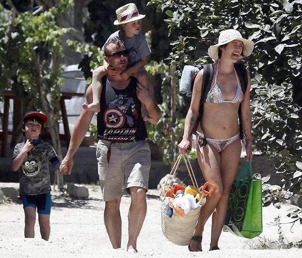 Лина Хиди с семьей на отдыхе в Испании