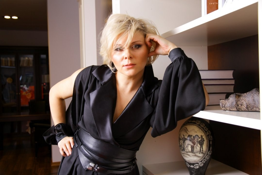 Яна Троянова - актриса, сценарист и режиссер