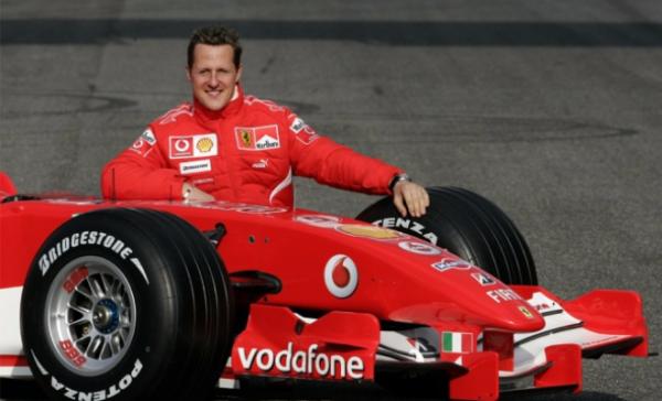 Шумахер со своим болидом