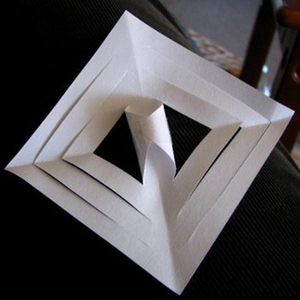 b502958406ab08846033d87b99325655 Объемные снежинки из бумаги своими руками, с эффектом 3D, в форме шара и звезды, с использованием старых газет и втулок от туалетной бумаги
