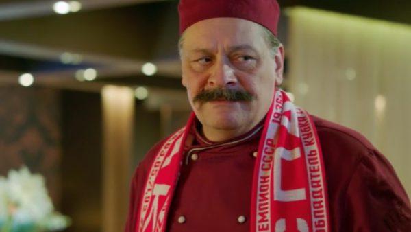 Дмитрий Назаров в роли шеф-повара Виктора Баринова