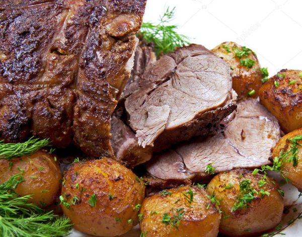 depositphotos_8248651-stock-photo-roast-leg-of-lamb