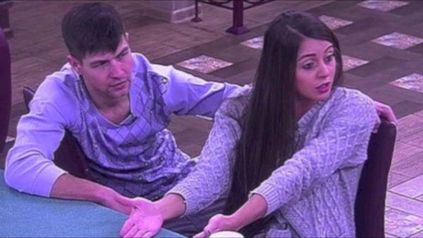 На проекте Дом 2 пару Ольги и Дмитрия все время критиковали