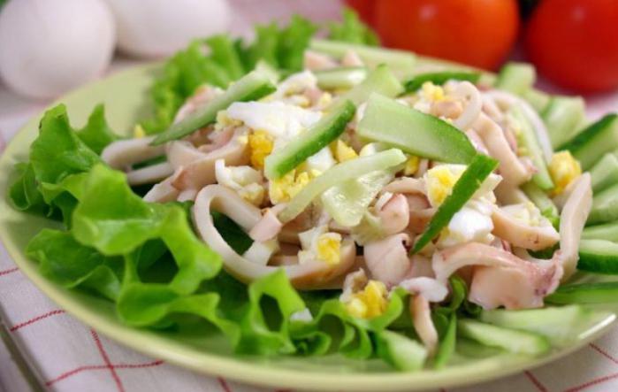 salat-iz-kalmarov-s-yaytsami-retsept-s-foto-vkusniy