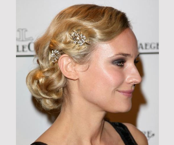 updo-hairstyle-for-party-stylish-easy-updos-medium-hair-44252