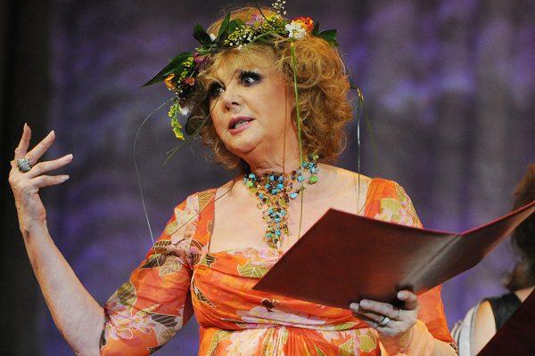 Наталья Селезнева до сих пор принимает участие в театральных постановках