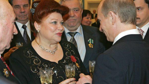 Л. Рюмина на встрече с Владимиром Путиным