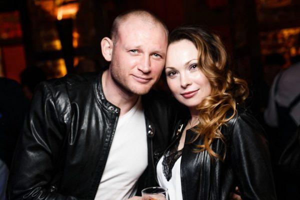 С супругой Анной Дымской