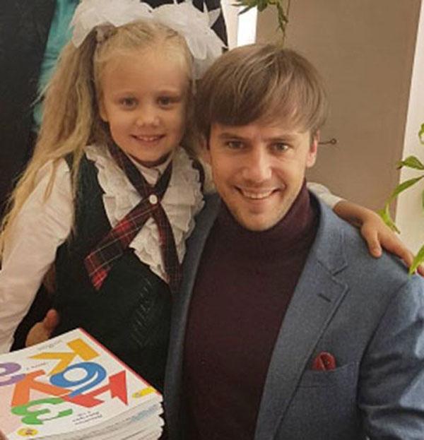 Иван Жидков со своей дочерью