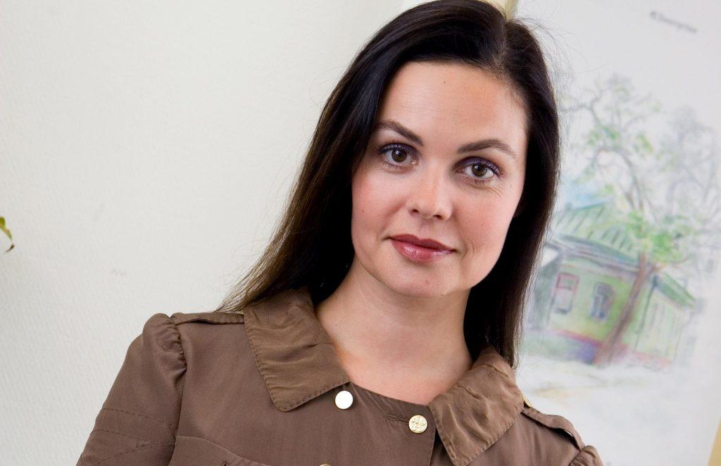 Екатерина Андреева: фото до пластики и после