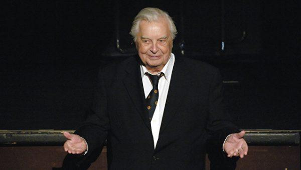 Юрий Любимов управлял театром на Таганке
