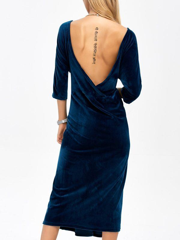 Бархатное платье с открытой спиной от Saloni