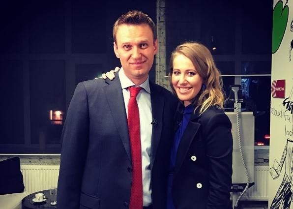 Со своим единомышленником Алексеем Навальным