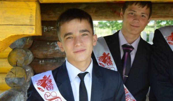Семенов во время обучения в школе