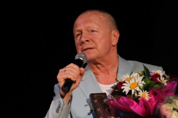 Борис Галкин на сцене театра