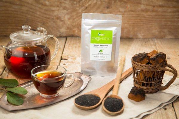 Из чаги можно приготовить полезный чай