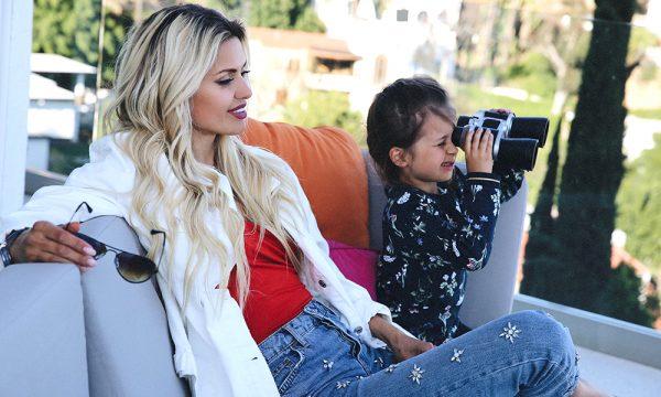 Виктория Боня с дочькой