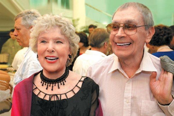 Вера Васильева со своим супругом
