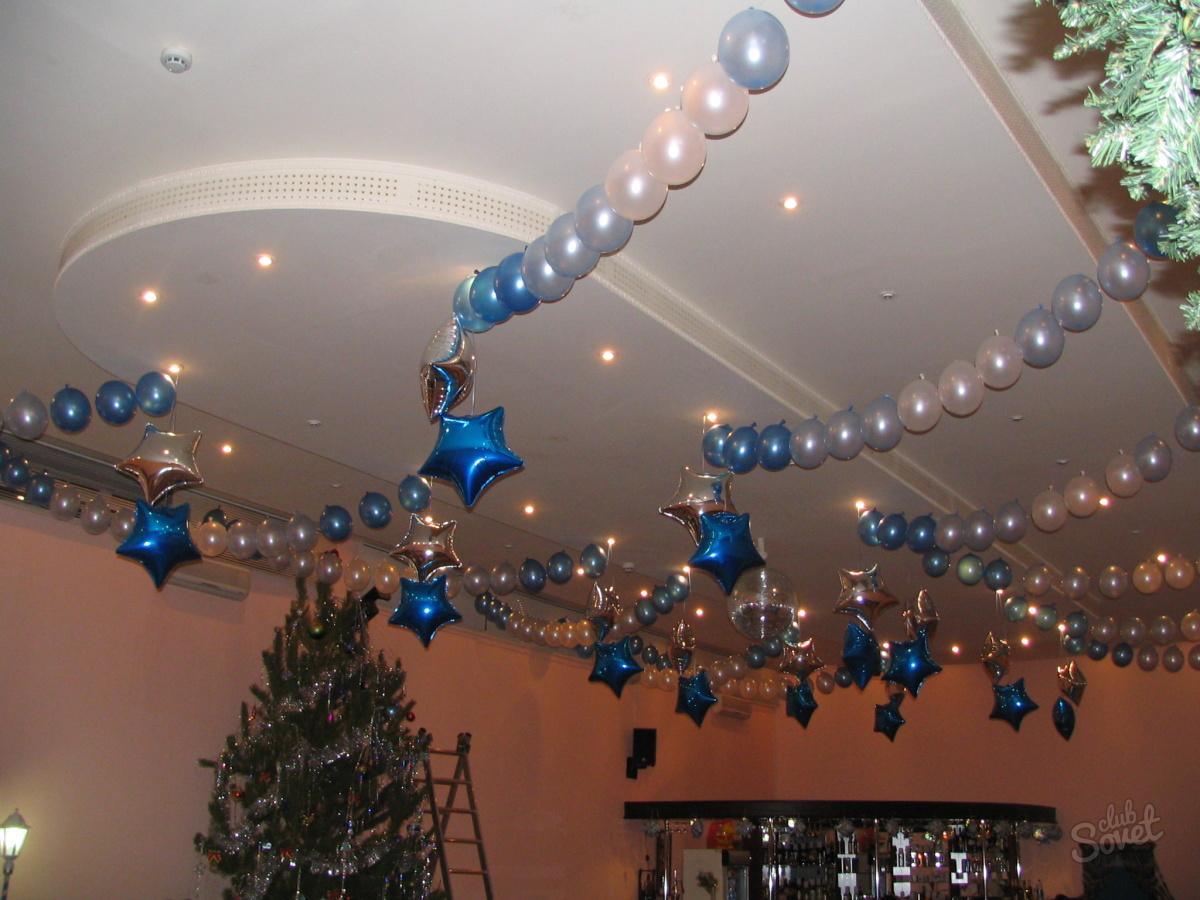 Оформление потолка в офисе на новый год