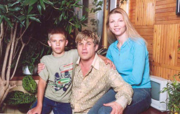 Алексей Глызин с женой и сыном