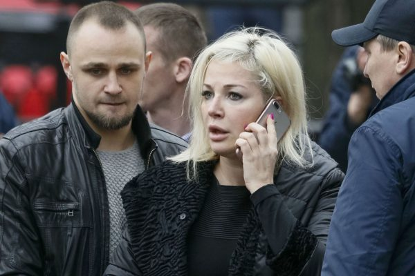 Мария Максакова на месте убийства мужа