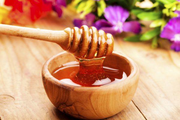 Гречишный мед: полезные свойства и противопоказания, как принимать