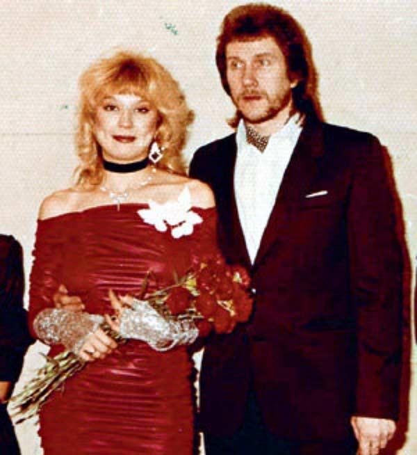 С первым супругом Владимиром Ермаковым