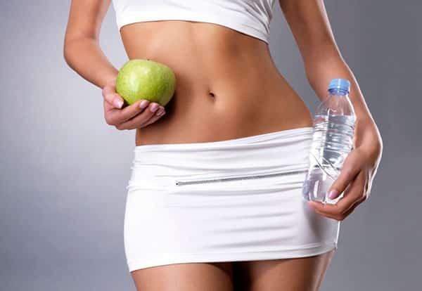 Вода и фрукты верные спутники здорового человека с чистым кишечником