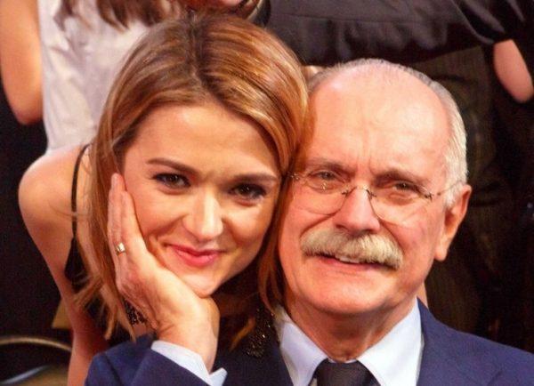 Никита Михалков никак не комментирует развод своей младшей дочери