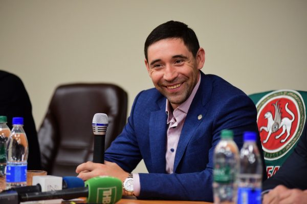 Зарипов дает интервью